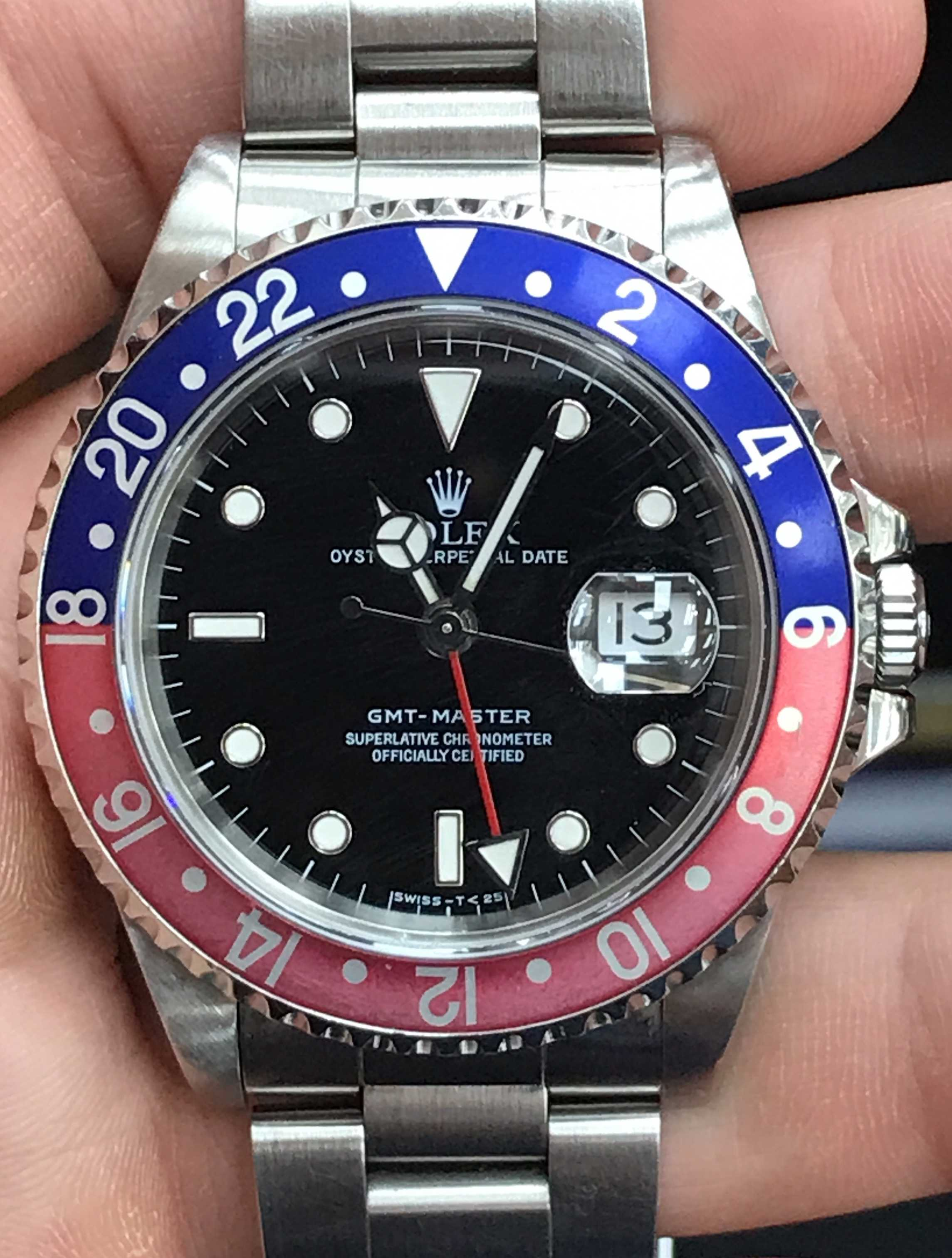 10574